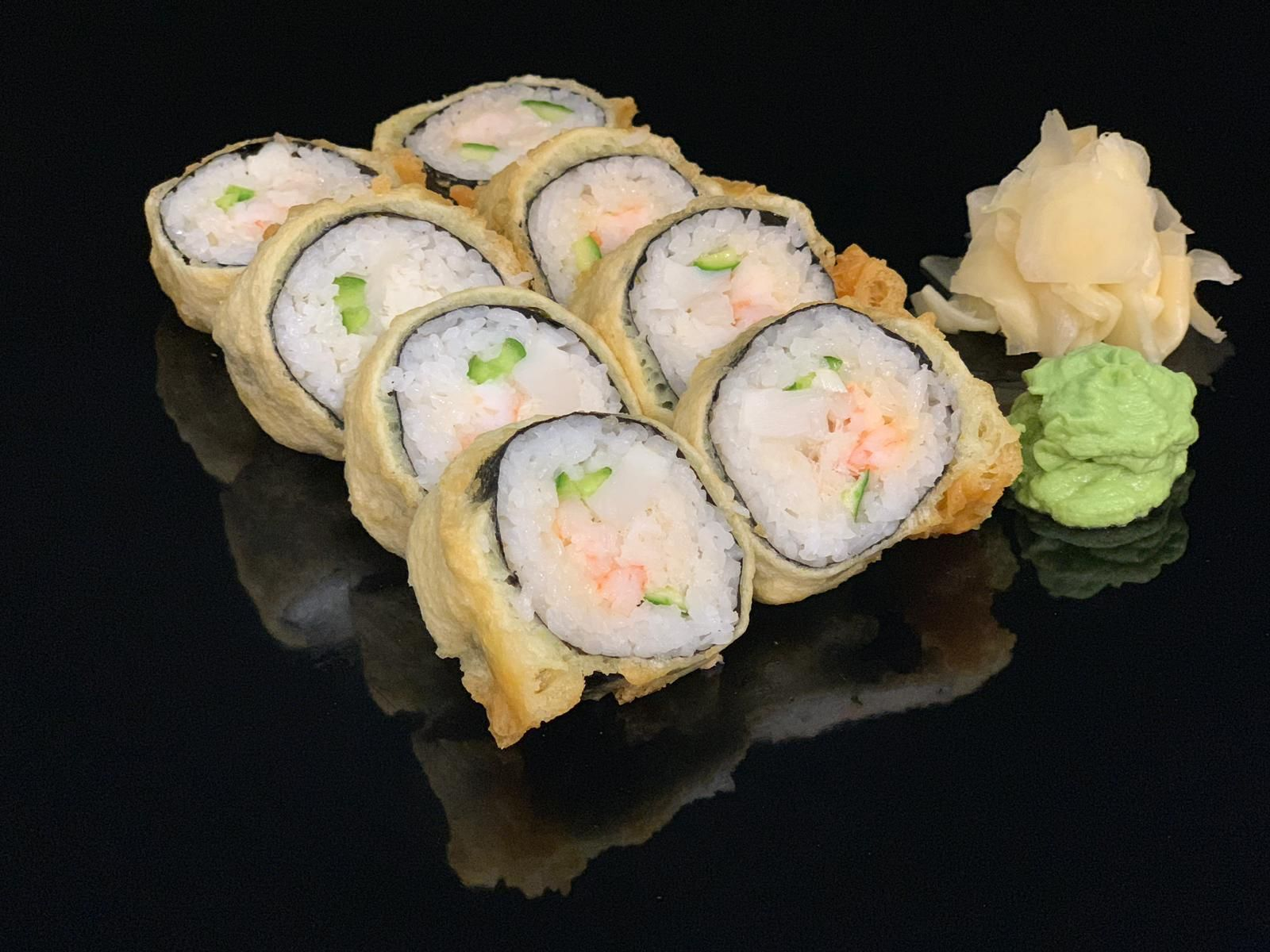 spicy-roll-with-seafood
