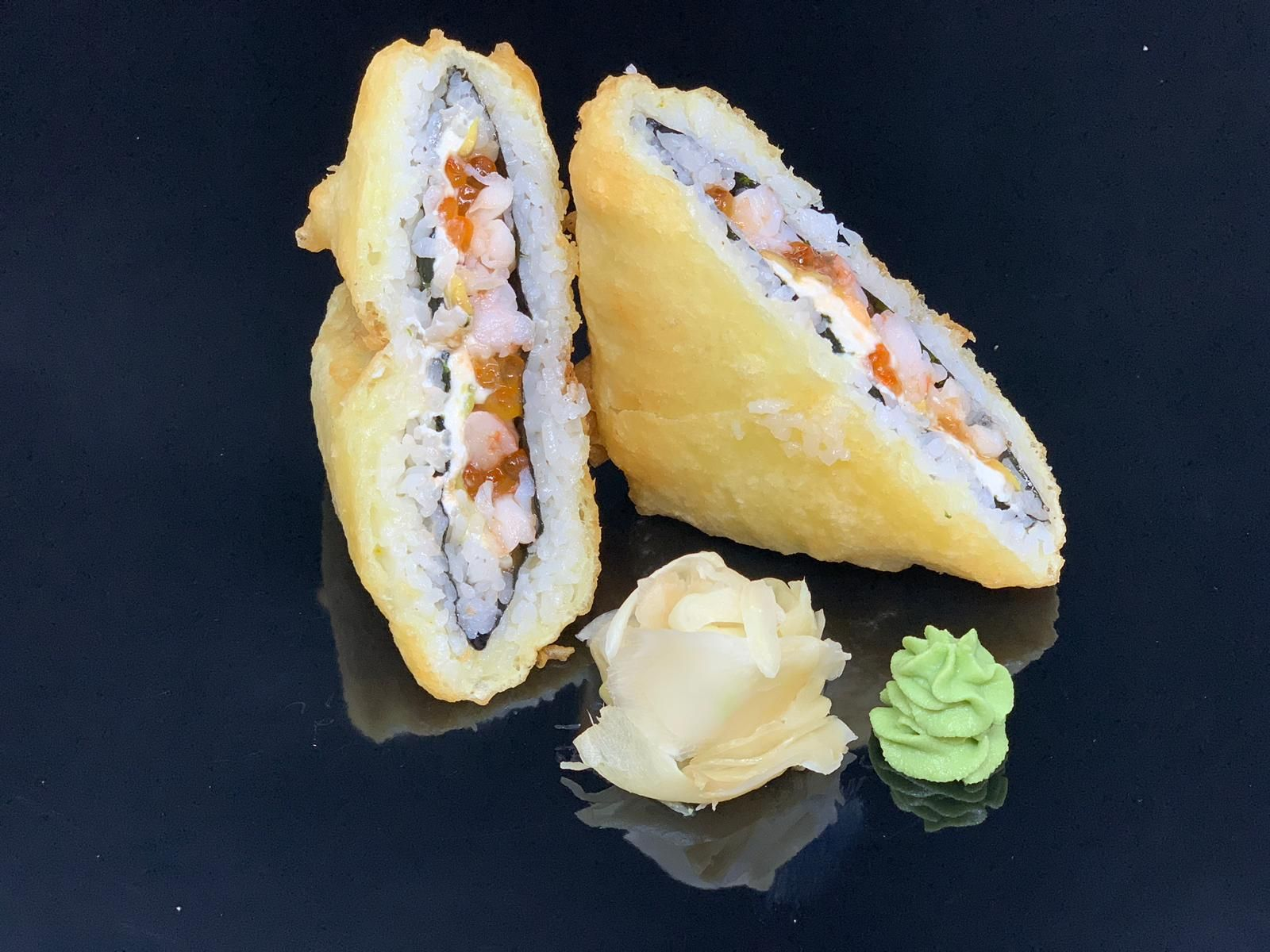 hot-sandwich-roll-with-shrimps-red-caviar
